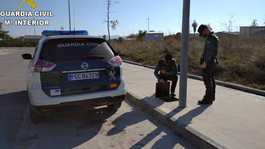 Investigadas dos personas por el robo de 8.000 metros de cobre en polígonos de Sueca