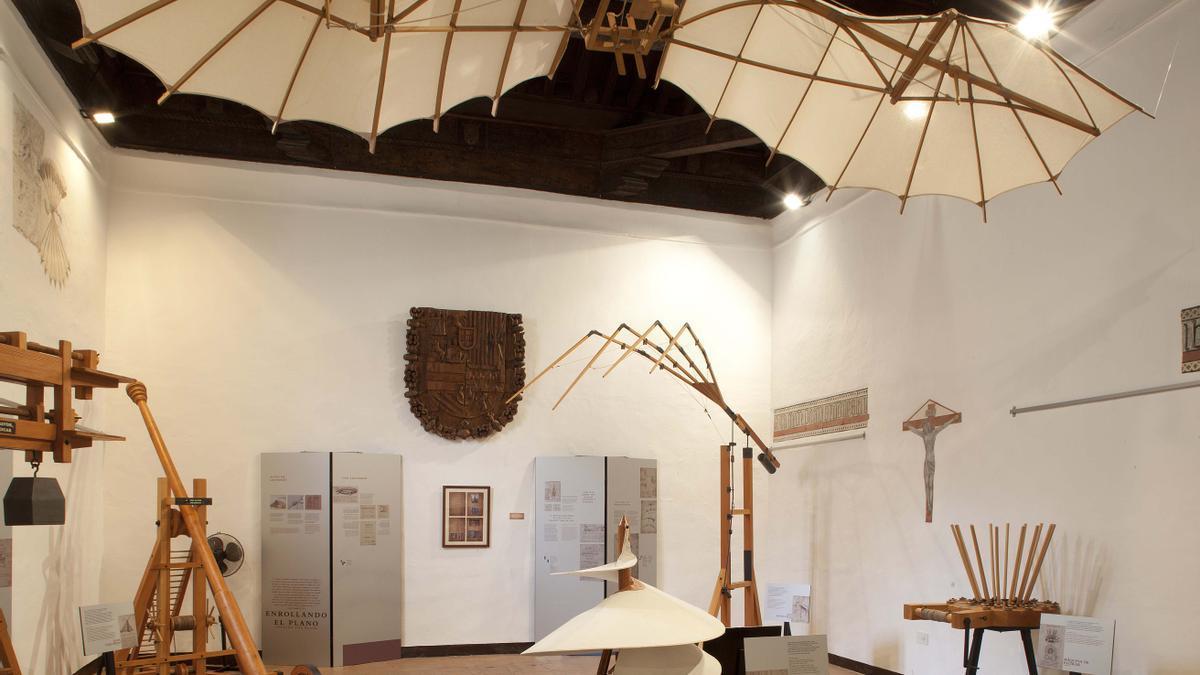 El Ateneo acoge una exposición sobre Leonardo da Vinci