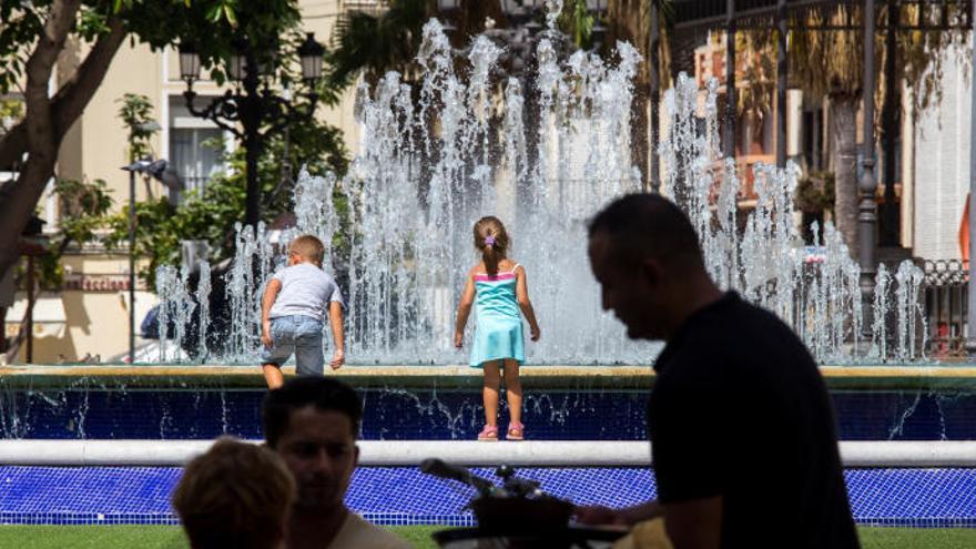 Activan la alerta en Canarias por temperaturas de hasta 40ºC