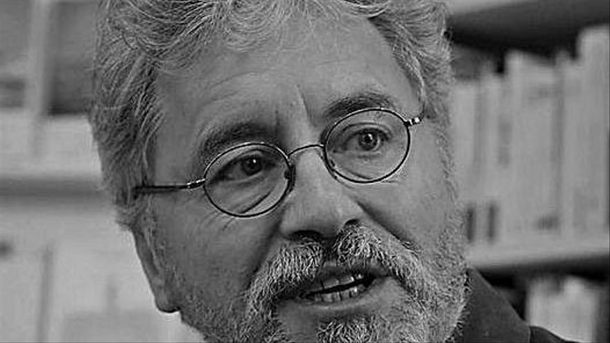 Manuel Rivas.