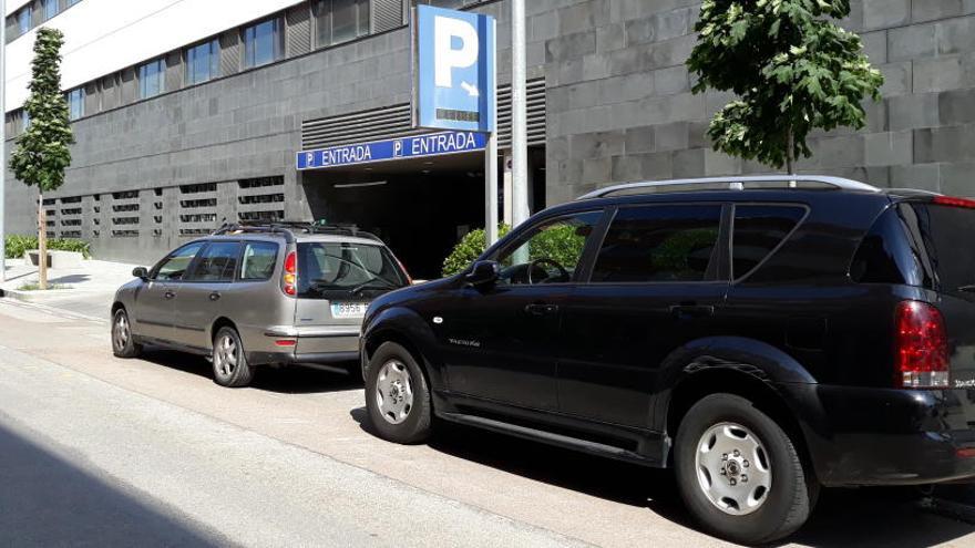 Com puc aconseguir vals de descompte per aparcar a l'hospital de Manresa?