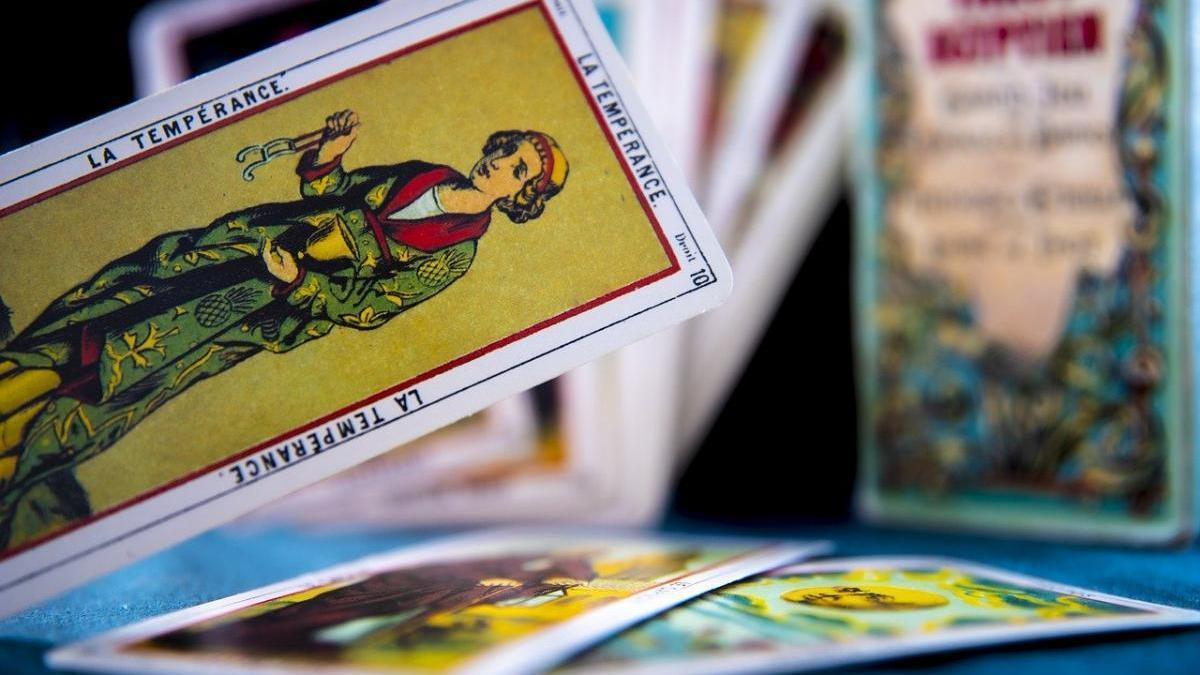 ¿Cómo funciona el Tarot? ¿Qué son las cartas del tarot y para qué sirven?