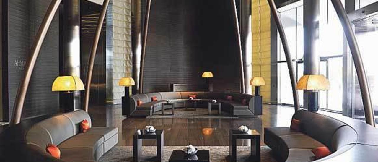 Hotel decorado por Armani.