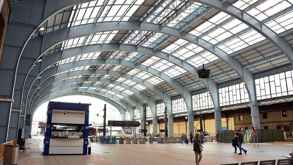Terminal de la estación de ferrocarril de San Cristóbal.