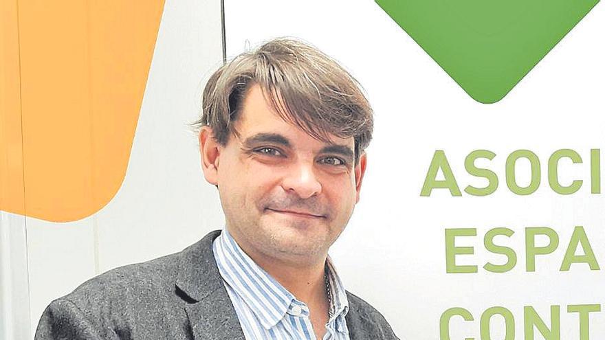 José Reyes: «Intentaremos implantar el cribado de cáncer de colon antes de 2024»