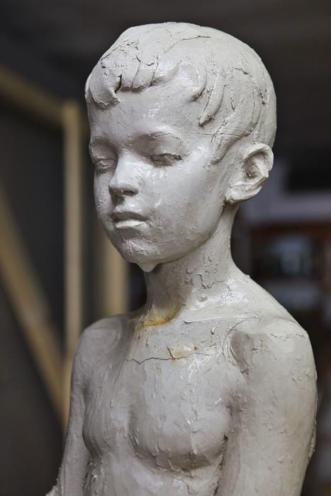Die Skulpturen von Tomàs Barceló erinnern an versunkene Zivilisationen und Science- Fiction. Sie erobern nicht die Kunstwelt, aber die Herzen der Fangemeinde