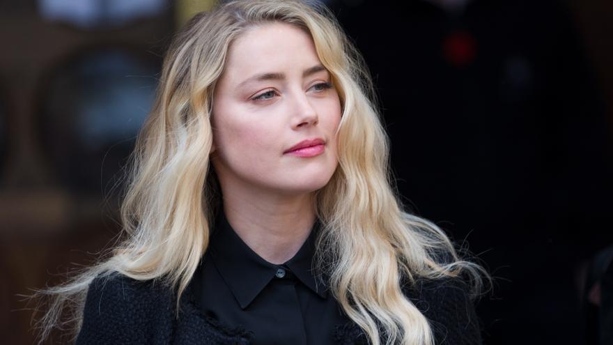 La actriz Amber Heard, mamá de una niña