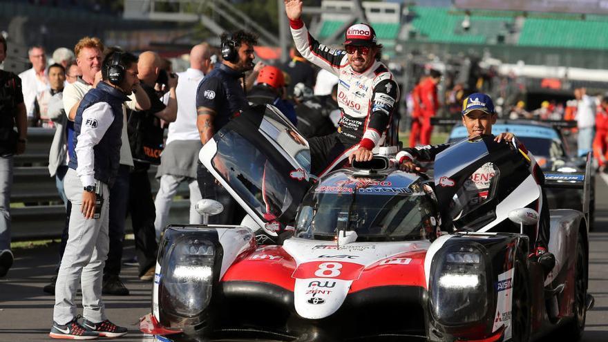 Alonso cambia de coche y de circuito en Japón