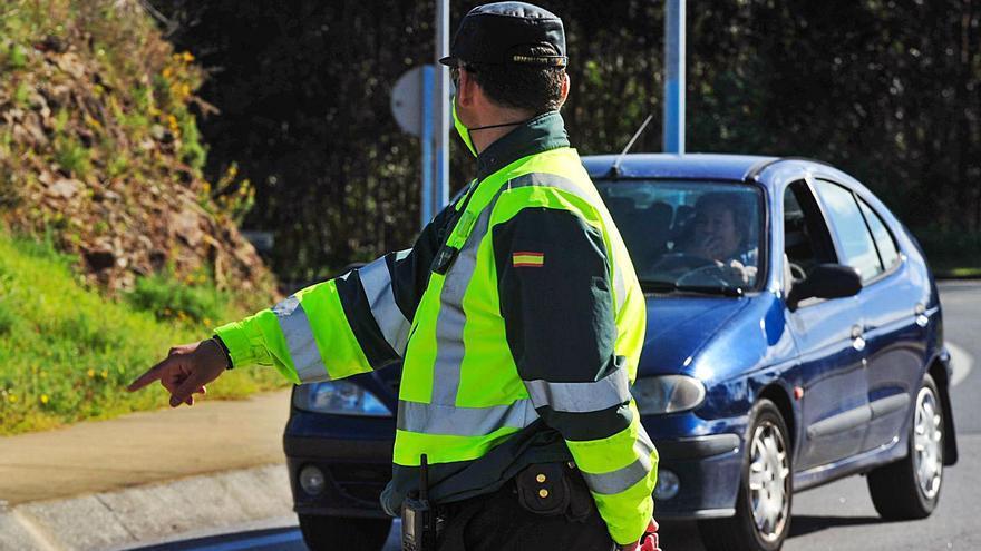 Detectados en cinco años 1.500 gallegos por conducir pese a carecer de carné