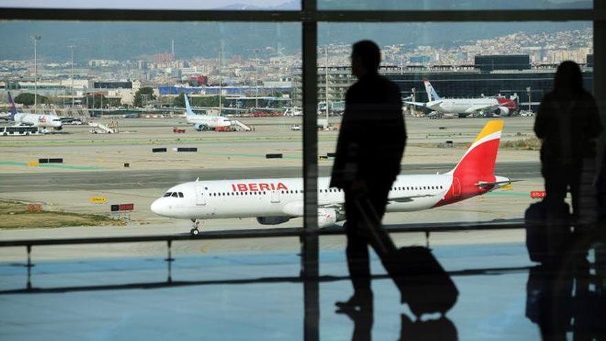La UE recomienda restablecer las restricciones de viaje a los turistas de EEUU