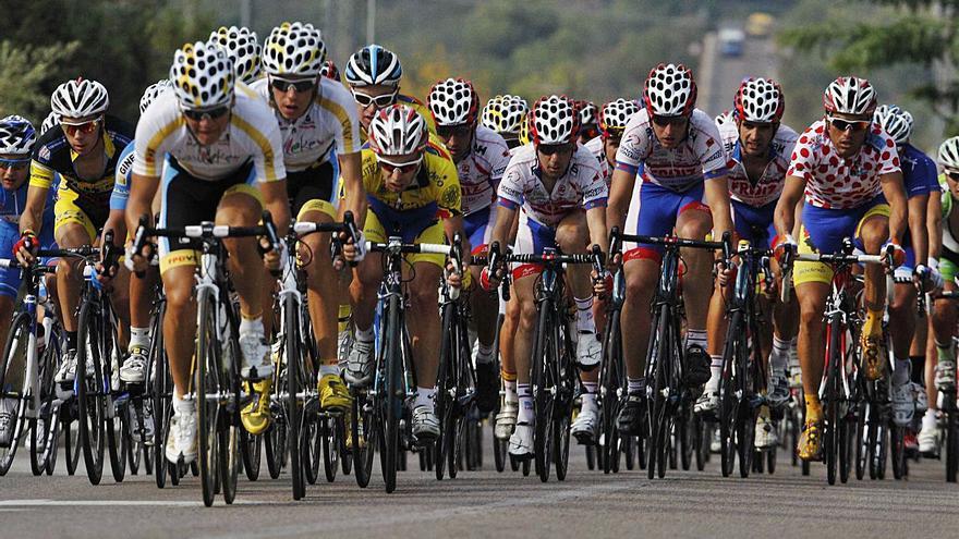 Doble cita del ciclismo de élite en la comarca