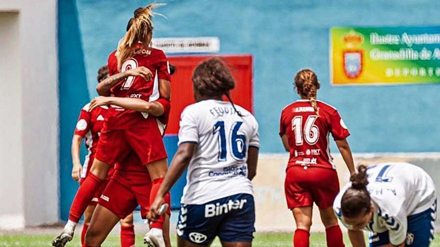 Vibrante igualada entre UDG Tenerife B y Real Unión en la apertura de la temporada
