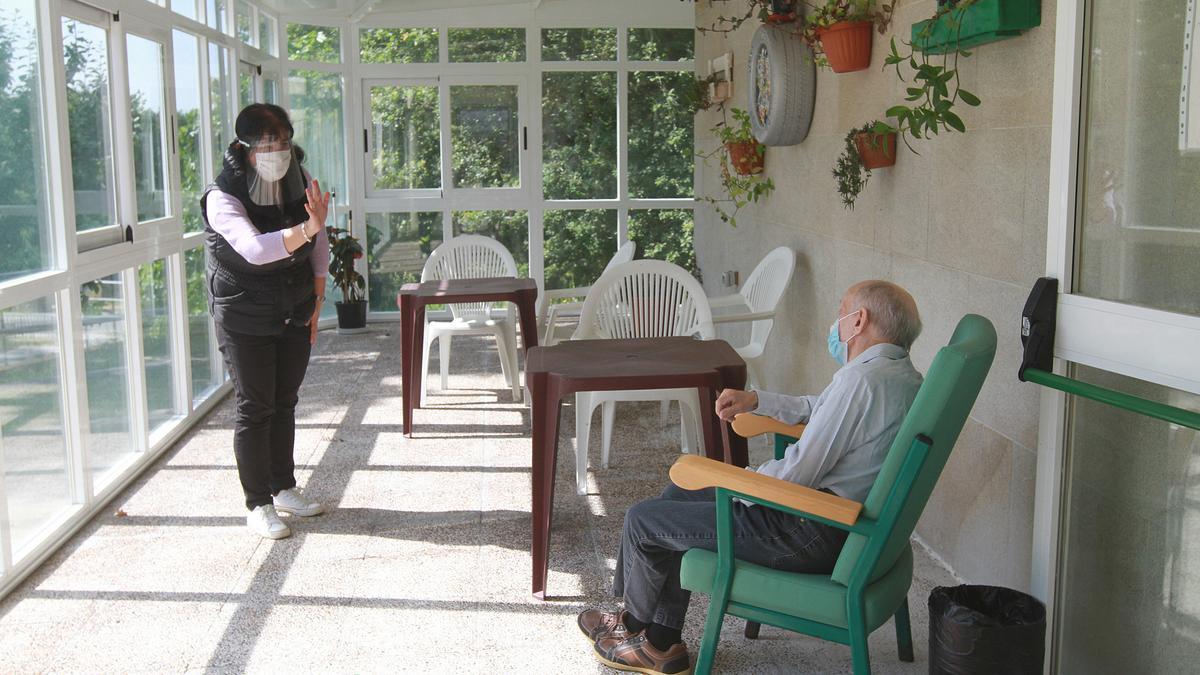 Visita familiar a un usuario de una residencia de la Fundación Rosendo.