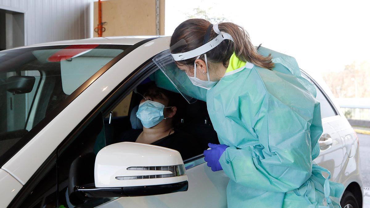 PCR en el covidauto de Vigo.