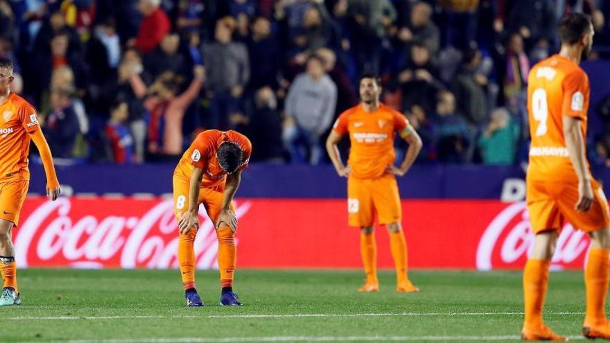 El Levante envía al Málaga a Segunda en el descuento