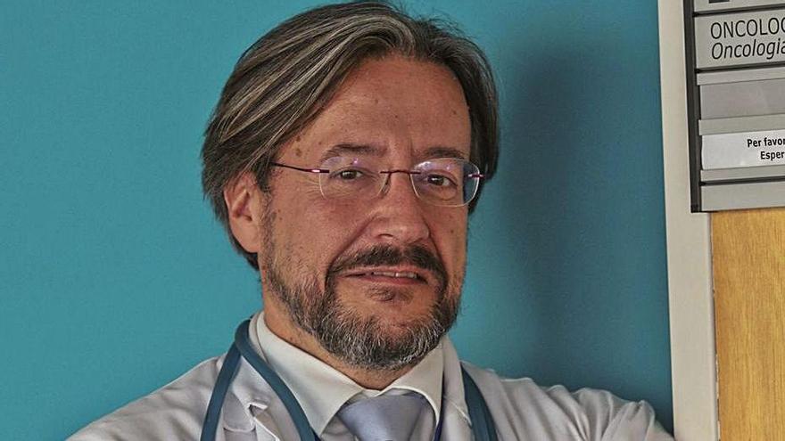 Rodríguez-Lescure es jefe de Oncología en Elche.   ANTONIO AMORÓS