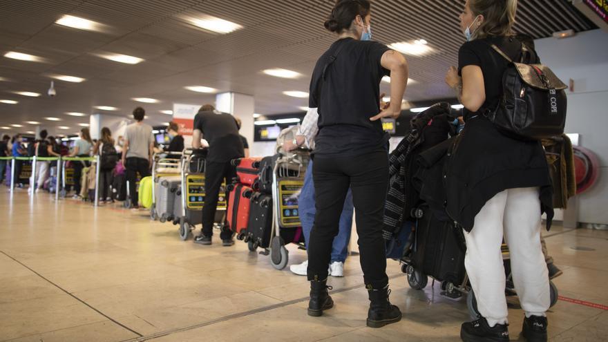 El Gobierno levanta la restricción de vuelos desde Reino Unido