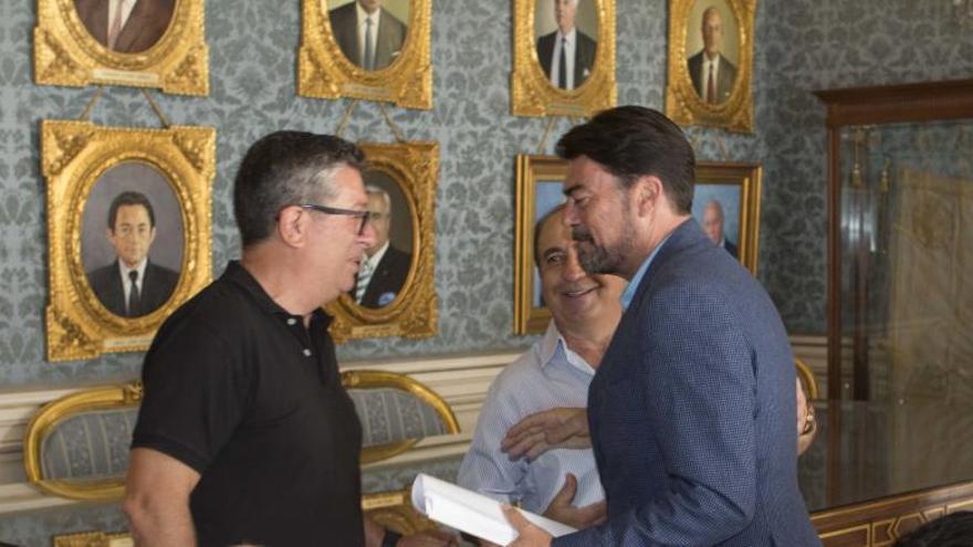 El grupo socialista insta a alcalde de Alicante a convocar las comisiones pendientes