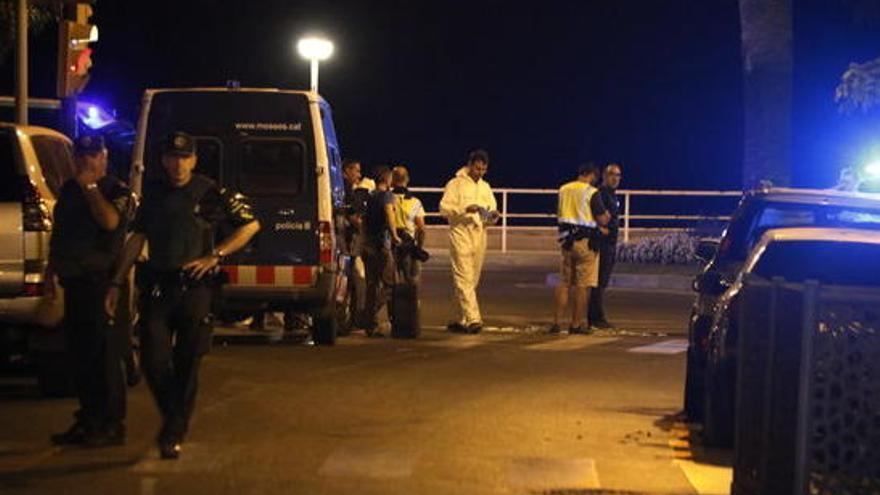 Mossos que van abatre els terroristes a Cambrils diuen que pensaven que els joves es volien immolar