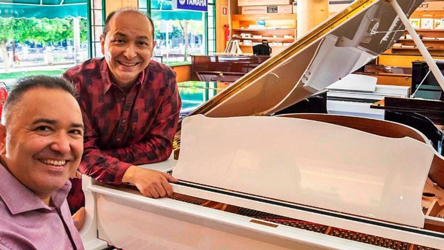 Dos compositores de Algemesí suman 80 premios internacionales en dos años