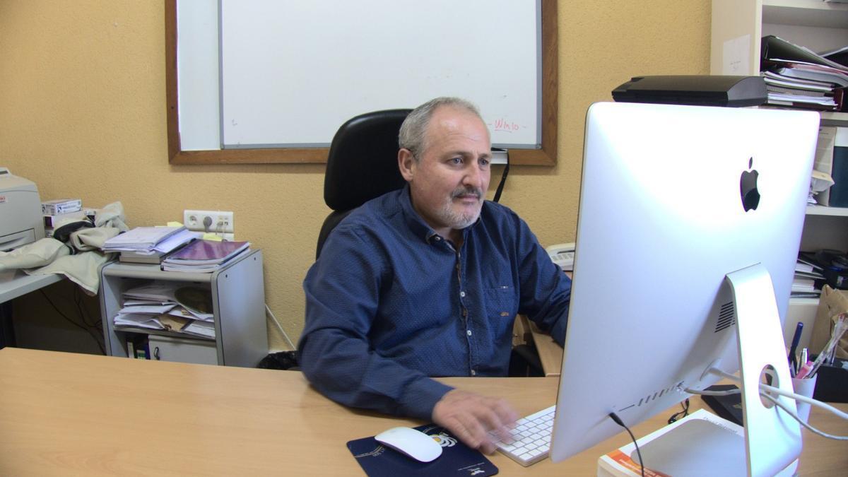Pau Bernabeu en su despacho.