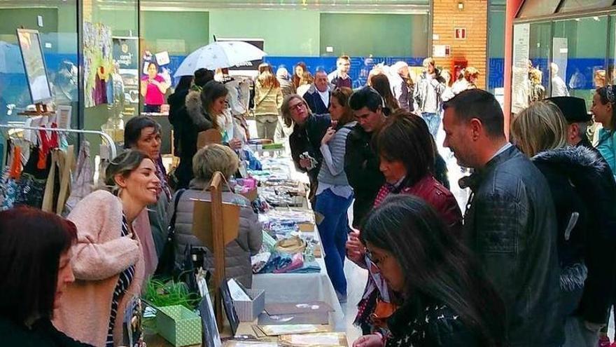 Los Porches del Audiorama retoma su tradicional mercado de artesanía, diseño y productos 'gourmet'