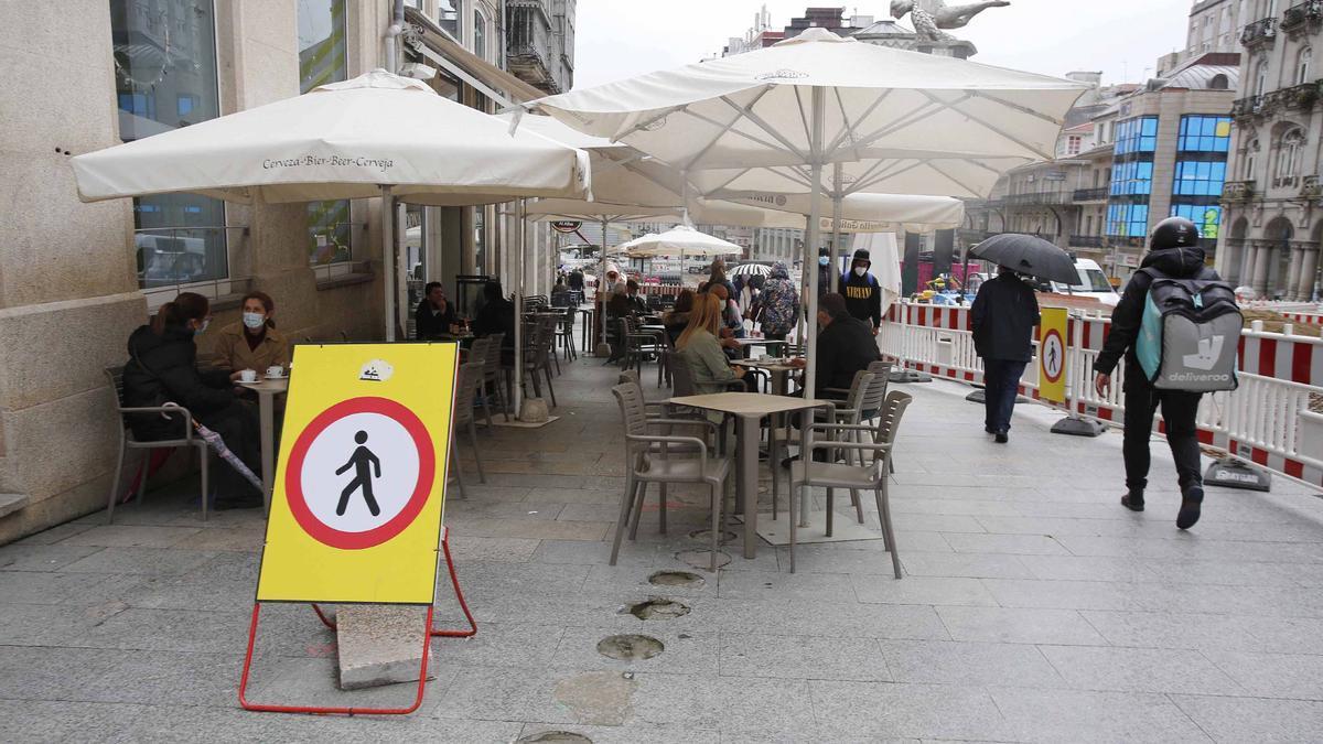 Una terraza en el centro de Vigo