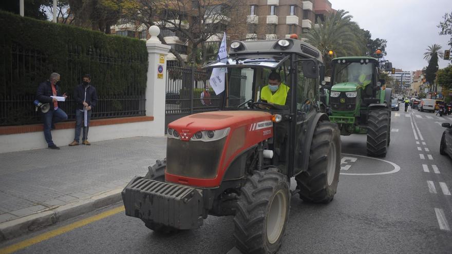 El campo malagueño protesta por los planes del Gobierno sobre el reparto de ayudas de la futura PAC