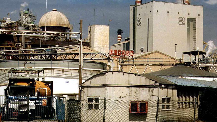 Lores pregunta a la Xunta qué hará respecto a la supuesta contaminación por mercurio en el desmantelamiento de Elnosa