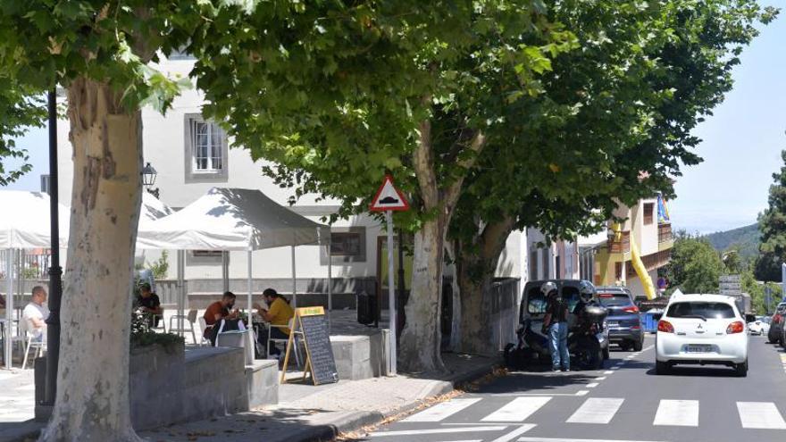 Turistas en las Medianías de Gran Canaria