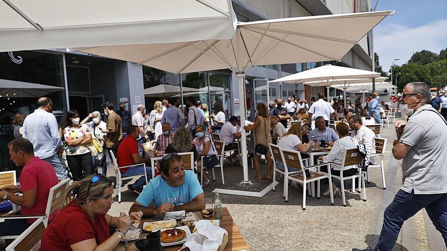 Urbanismo diseñará una nueva ordenanza de terrazas para agilizar las tramitaciones