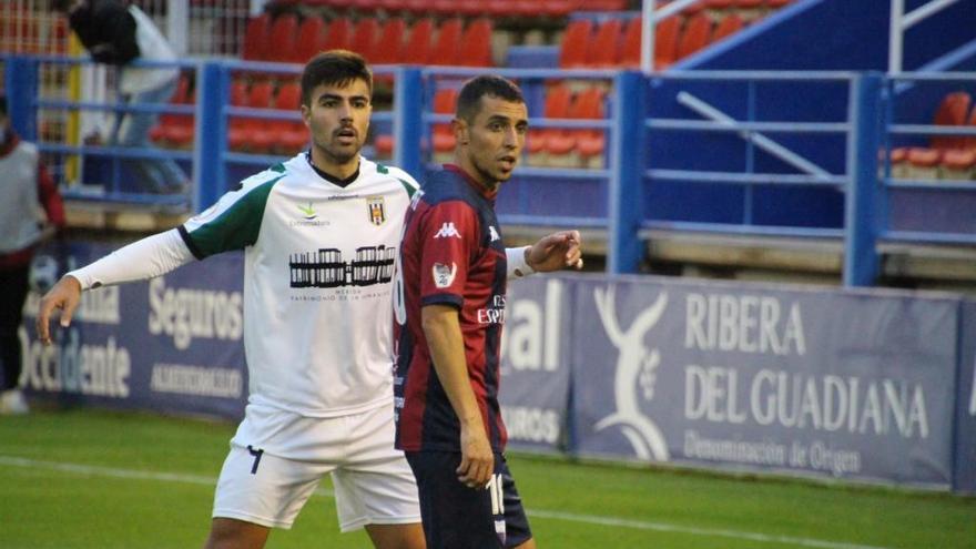 Derbi apagado y sin fútbol entre Extremadura y Mérida - El Periódico  Extremadura