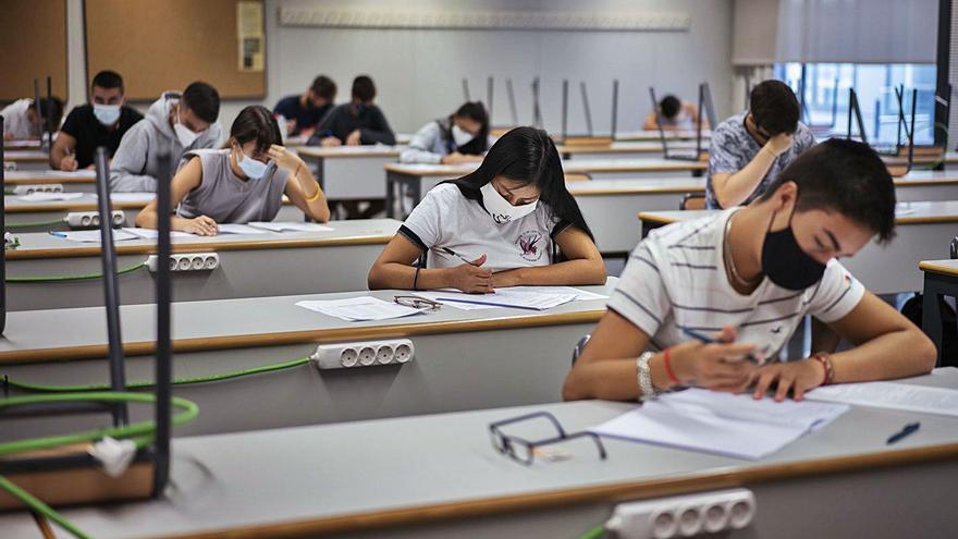 Bruselas certifica la reducción de la tasa de abandono escolar temprano