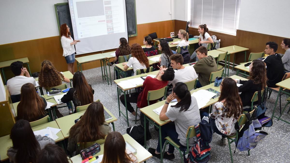 Aula educativa en IES Alfonso X precovid