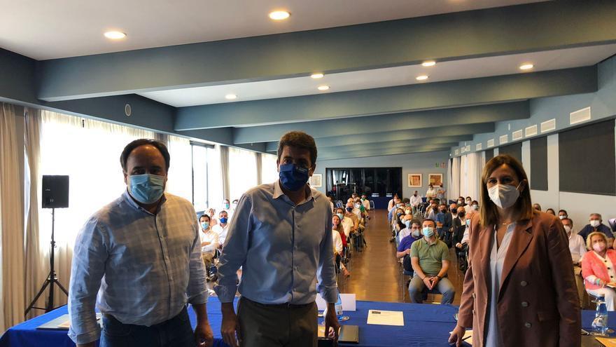 Mazón reajusta de nuevo el grupo parlamentario en las Corts