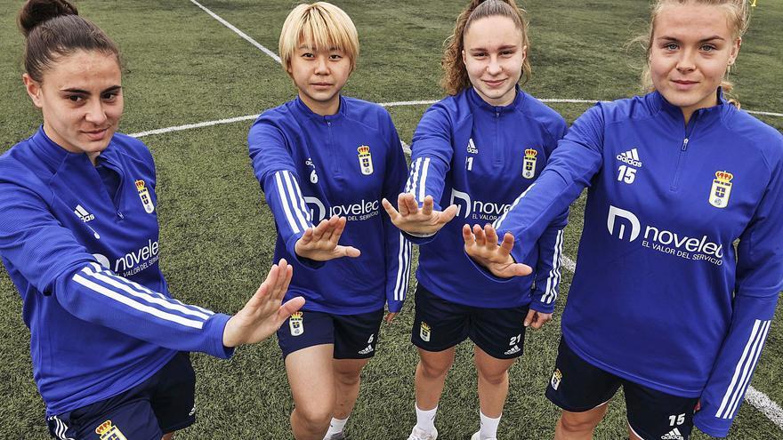 """Las extranjeras del Oviedo, con Yuki: """"El racismo es inaceptable"""""""