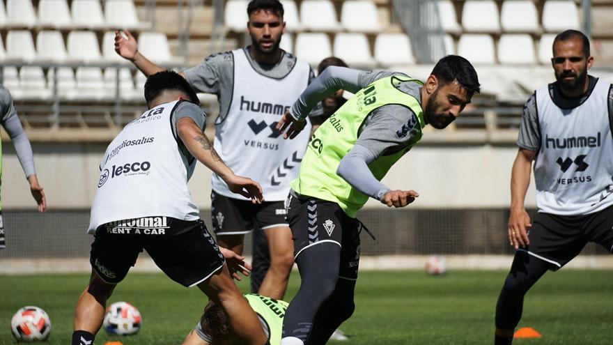 El Real Murcia pierde a Iván Pérez cuatro semanas más