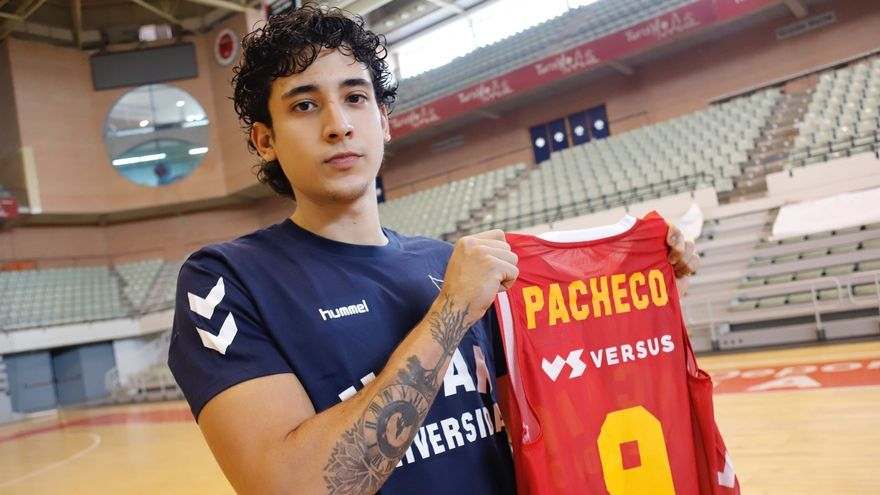 """Pacheco: """"Crecí viendo jugar a Neto y Benite"""""""