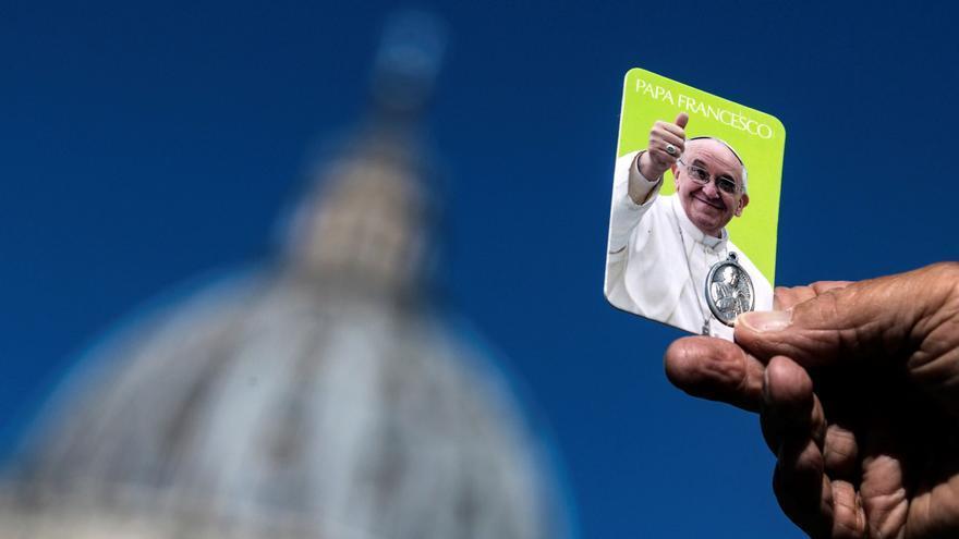 El Papa se recupera tras su operación de colon