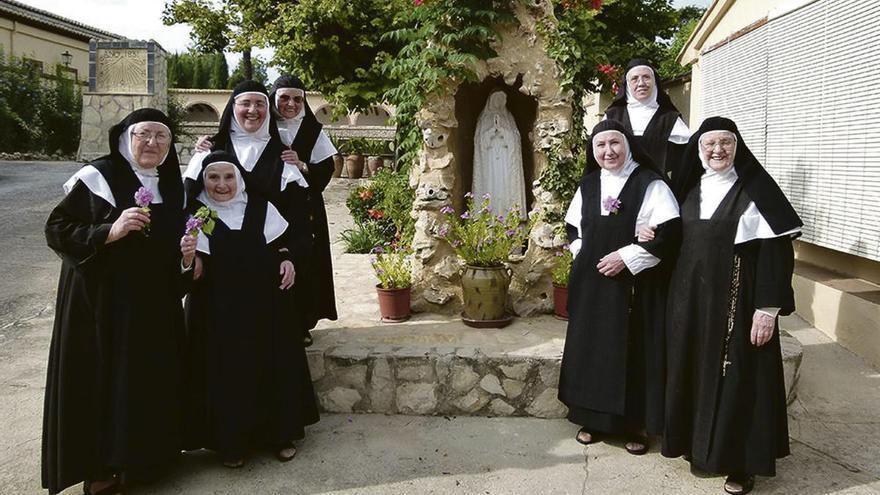 """Las monjas de Benigánim reciben en su monasterio continuas peticiones de oración de sanitarios """"desbordados"""""""