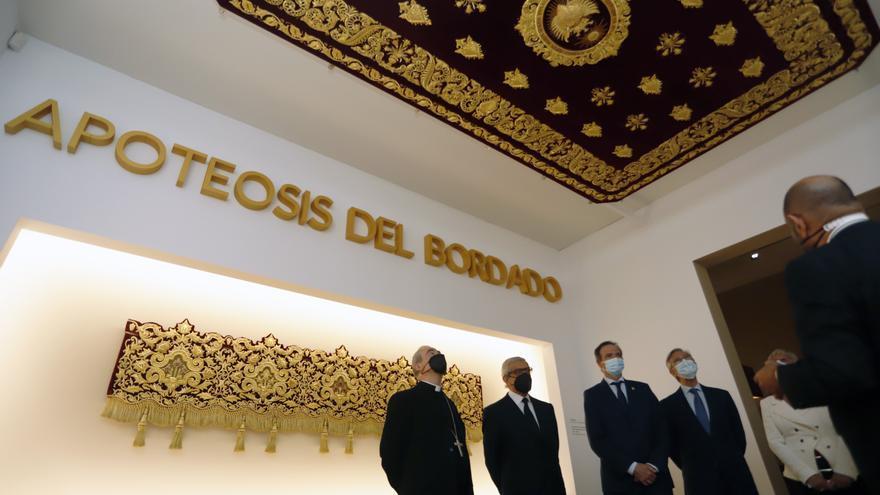 Exposición 'Cien años de esplendor' en el Palacio Episcopal de Málaga