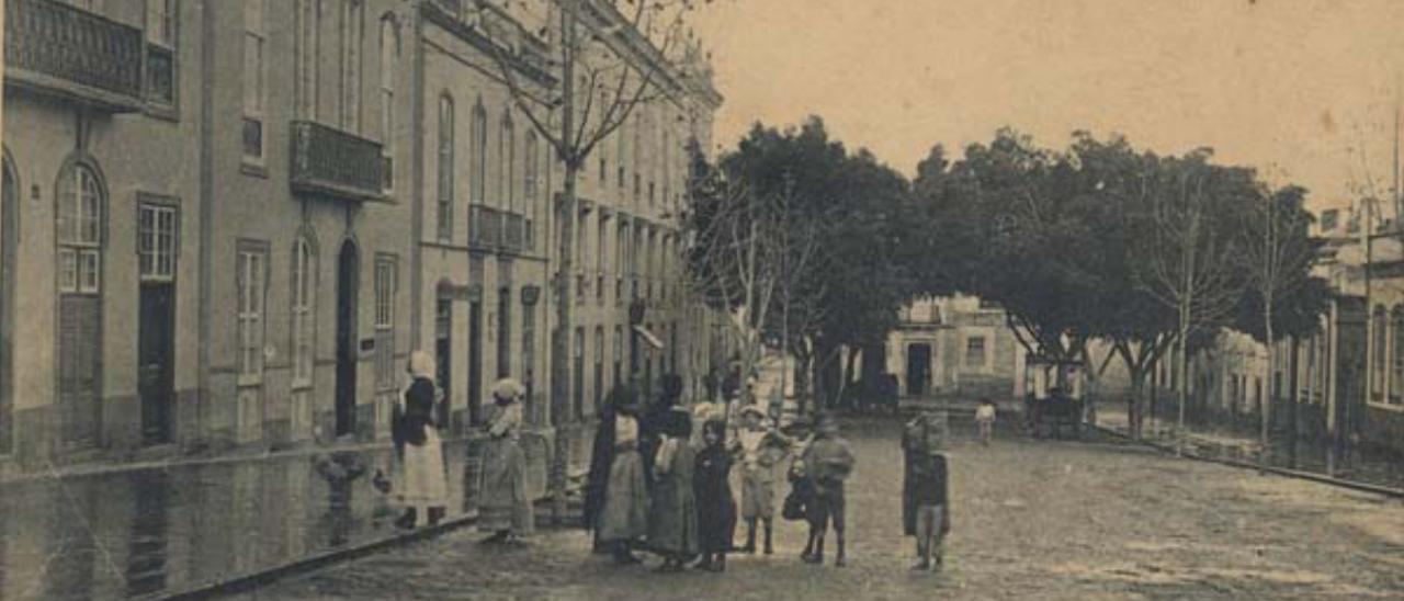Plaza de San Bernardo, en Las Palmas de Gran Canaria, a finales del siglo XIX.