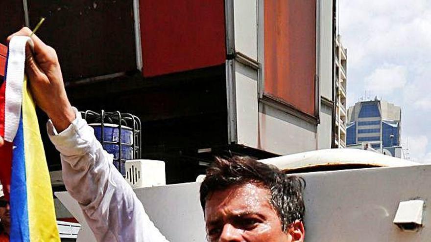 El líder opositor veneçolà Leopoldo López es retroba amb la família a Madrid