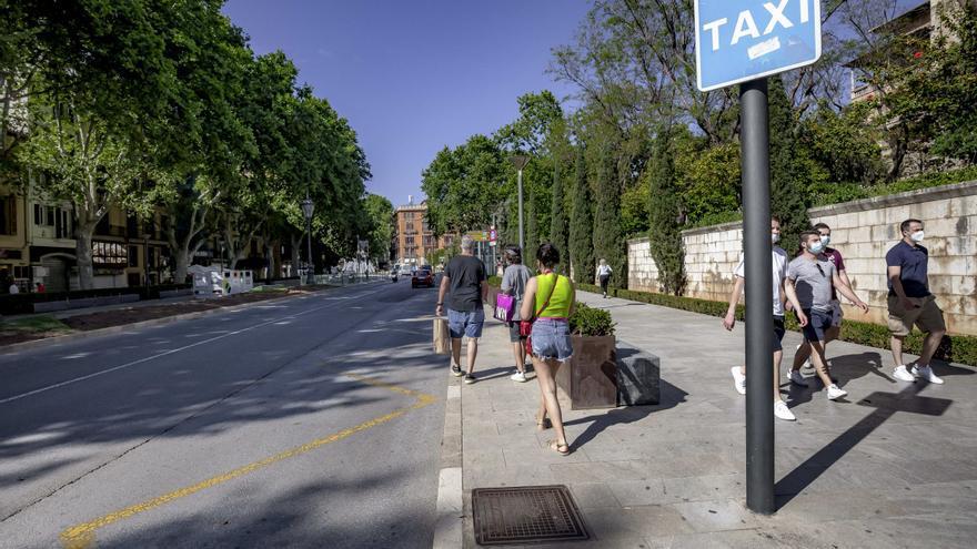 La falta de taxis en Palma provoca una avalancha de quejas ciudadanas