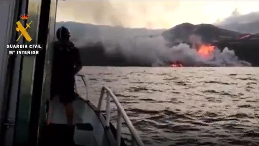 La lava del volcà de la Palma ha arribat al mar