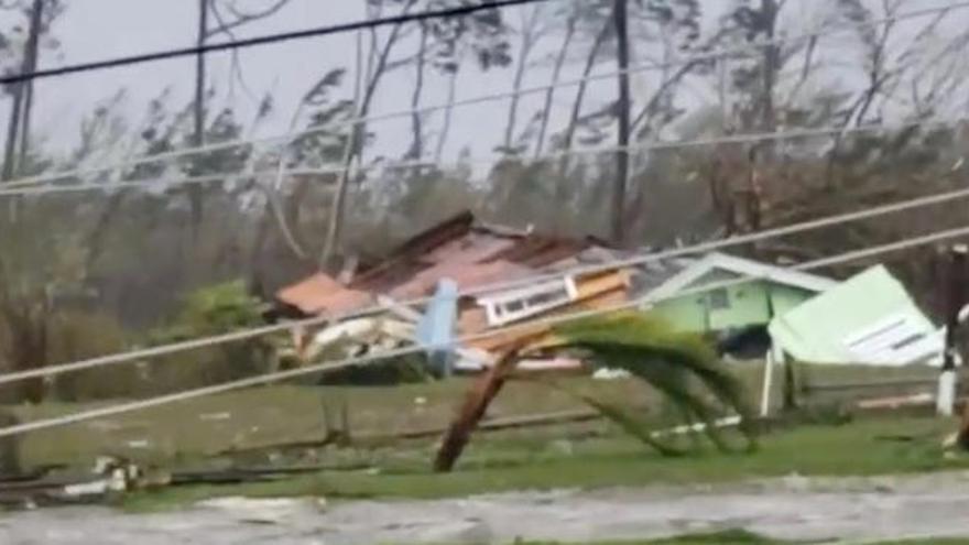 El huracán Dorian descarga su furia sobre las Bahamas
