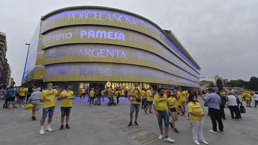 Así ha vivido la afición del Villarreal CF la previa del regreso a la Champions