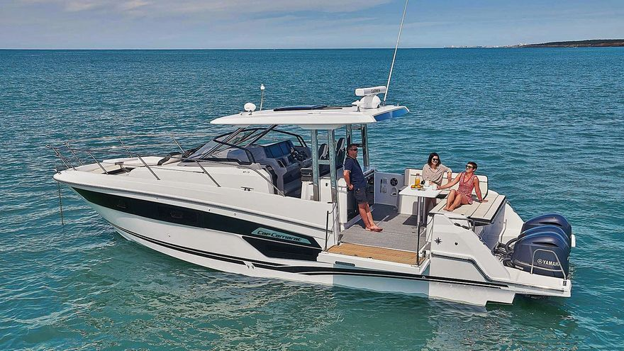 Especialistas en barcos para disfrutar de la isla