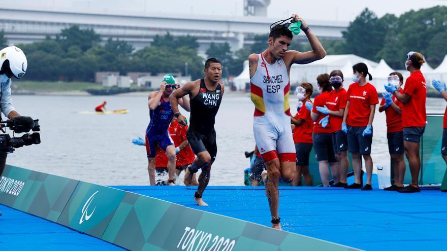 El triatleta Sánchez Palomero consigue la primera medalla de bronce para Baleares