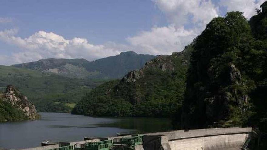 Sobrescobio pretende retomar el proyecto de la minicentral